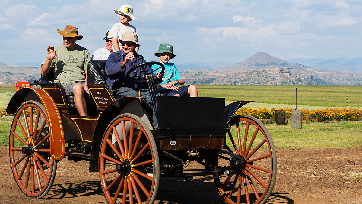 Sandstone's 1907 International Harvester Farmer's Buggy
